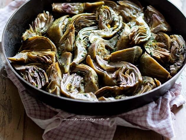 Carciofi in padella - Ricetta Carciofi in padella