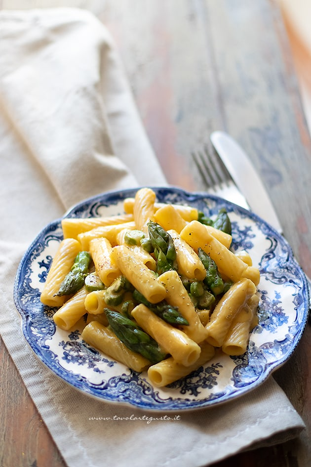 Carbonara di asparagi-