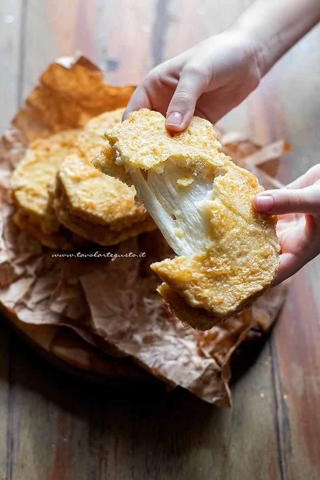 Mozzarella in carrozza -