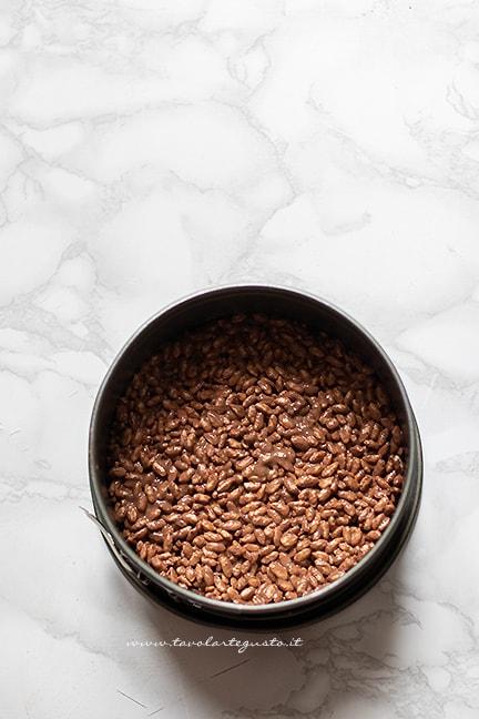 base torta kinder cereali