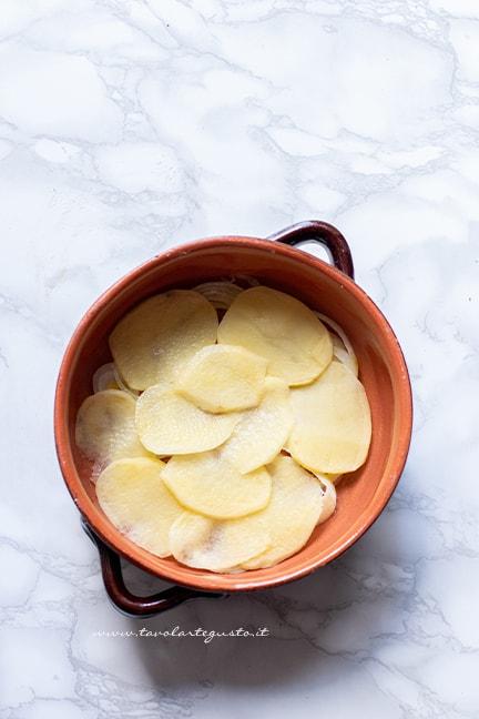 come fare la tiella di riso patate e cozze